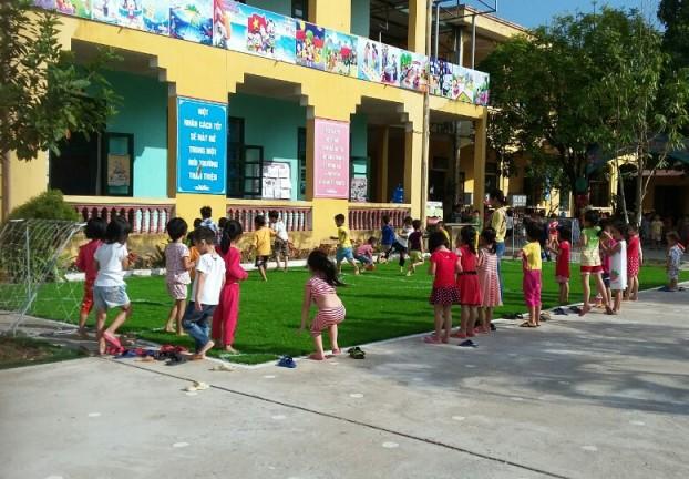 Thi công Sơn Hoa Văn Nhà Trẻ Tại Quận 2